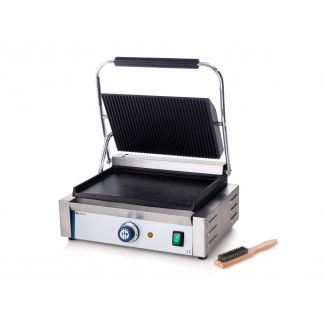 Panini grill ribbed top and smooth bottom